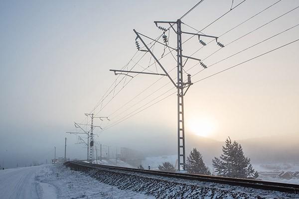Электрификация для железных дорог с системой тягового электроснабжения 2х25 кВ
