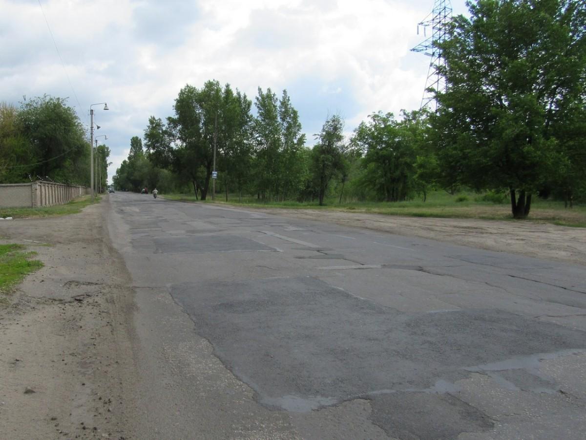 Поточний середній ремонт автомобільних доріг загального користування державного значення в Луганській області