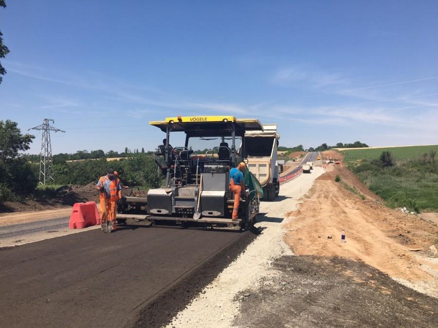 Капитальный ремонт автомобильных дорог государственного значения в Донецкой области
